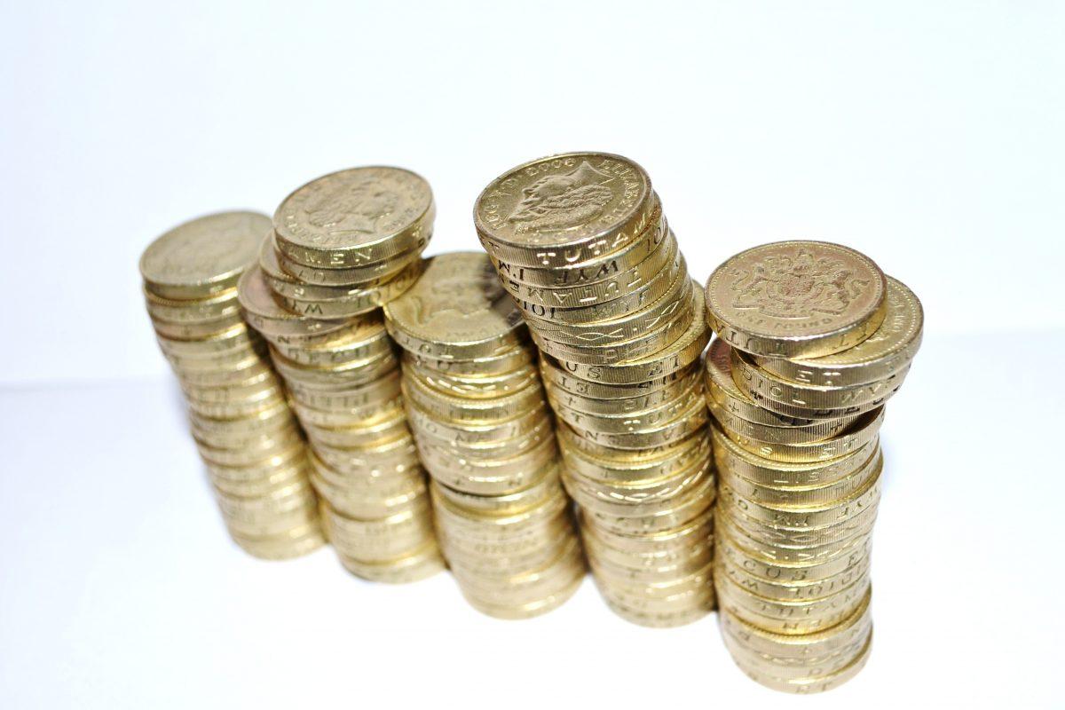 blur-cash-close-up-41206